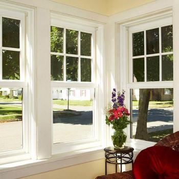 Английское окно с декоративной раскладкой